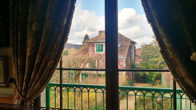 Vista-da-janela-da-casa