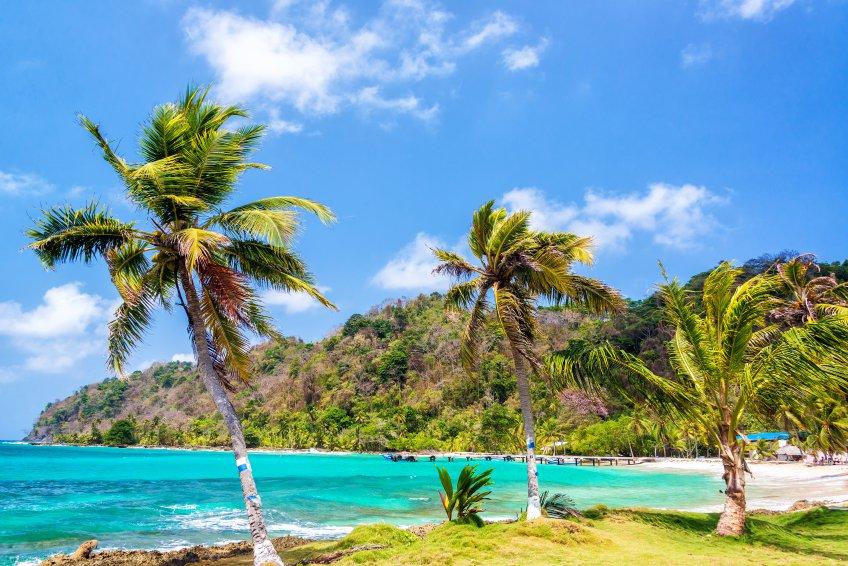 La Miel, no Panam; Panam oferece um visto permanente a aposentados, que ainda garante diversos tipos de descontos em bens e produtos.