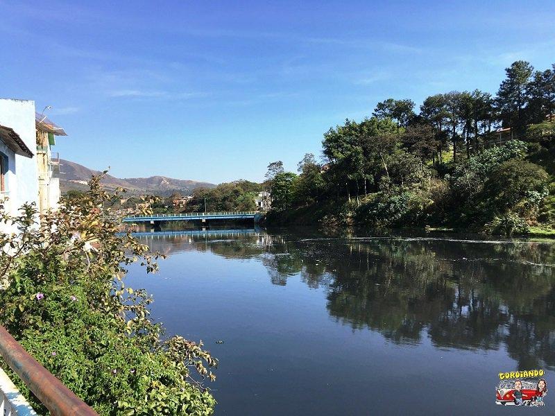 O rio Tiet passa por Pirapora do Bom Jesus