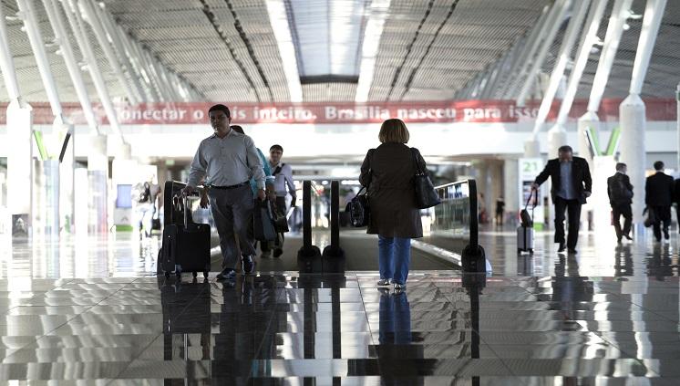 Estudo do Ministrio do Turismo revela que o Brasil ser o destino de 78,4% dos brasileiros que pretendem viajar nos prximos seis meses