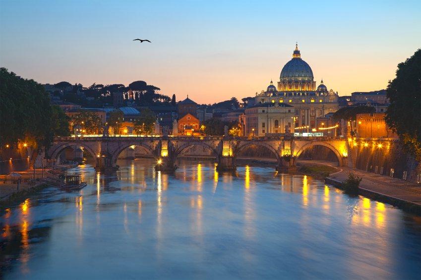 Entardecer na cidade de Roma, na Itlia