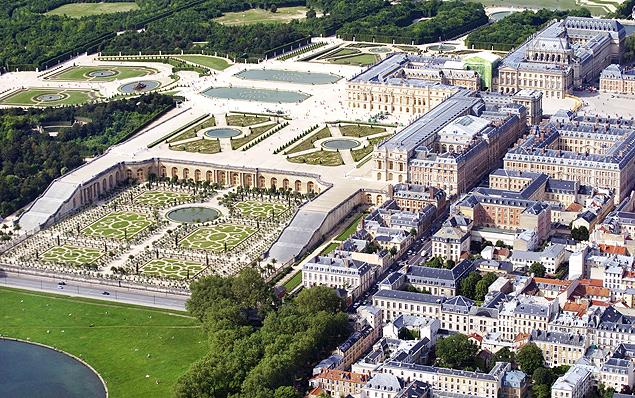 Imagem area de 2012 mostra complexo do Palcio de Versailles