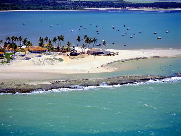A beleza de Pontal de Coruripe: um dos destinos do litoral alagoano | divulgao/Setur