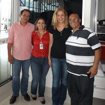 Cristina Lira junto  Marise Busanello, Eliandro e o presidente da ABAV-MT, Jhoary Proena (Foto: Divulgao)