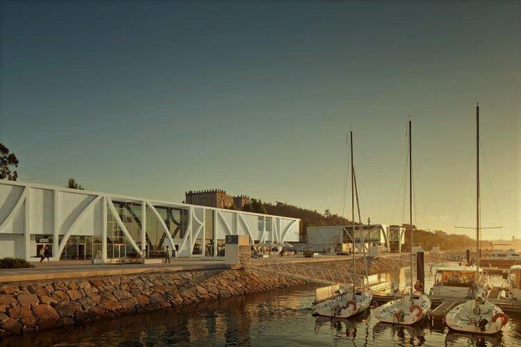 Marina Caff, Porto, Vila Nova de Gaia, Afurada. Luxo, casual, restaurantes