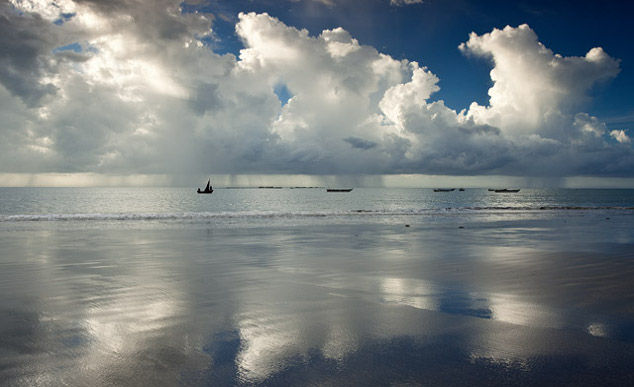 Jangadas no mar de Bitupit, em Barroquinha