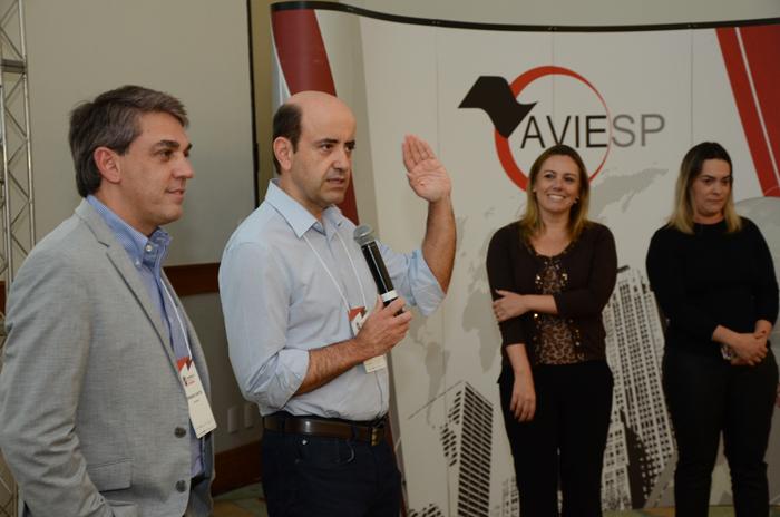 Fernando Santos, presidente da Aviesp, Antonio Dias, Gisele Stefanel e Diana Crull, do Royal Palm Plaza