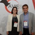 Juliana Luengo, da Bedsonline, e Fernando Santos, da Aviesp