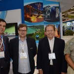 Arnaldo levandowski, da MGM, Eduardo Loch, Presidente da ABAV-SC, Valdir Rubens Walendowsky, da Santur, e Enrique Litman, da Secretaria de Turismo de Santa Catarina