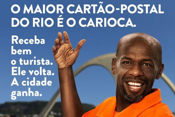 A campanha est nas ruas do Rio desde o fim da ltima semana em MUBs, relgios digitais, galhardetes e bandeiras pela cidade, alm de monitores nos nibus e Metr