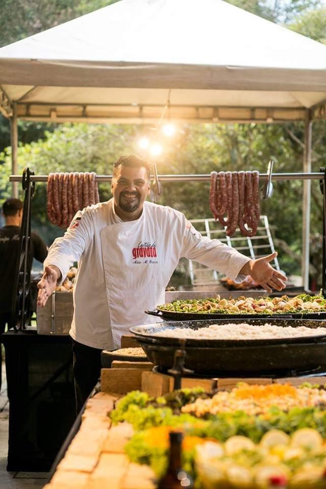 Festival de Torresmo: Chef Adan Garcia prepara pratos com o melhor da carne suína