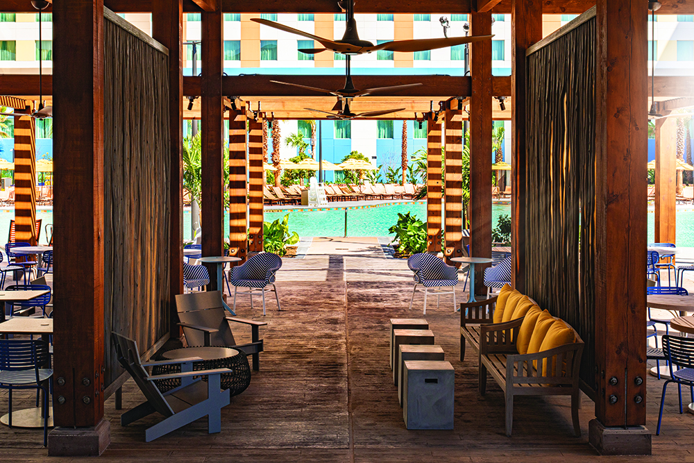 Dockside Inn and Suites - Pool Bar - Oasis Beach Bar