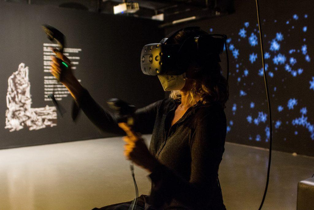 Farol Santander SP recebe a exposição A Outra Realidade, inédita no Brasil 17 de setembro 2021 a 16 de janeiro 2022